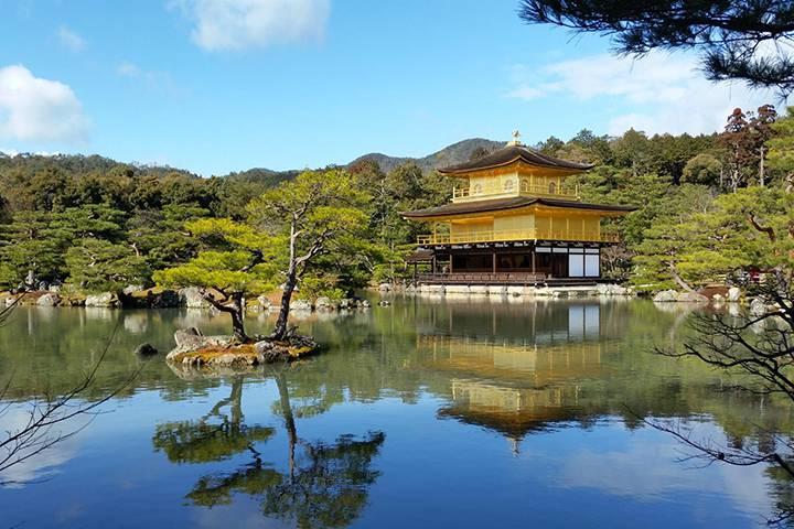 鹿苑寺の写真