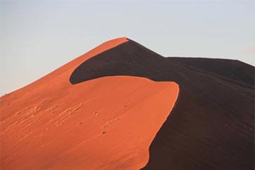 世界の幻想的な砂漠 15