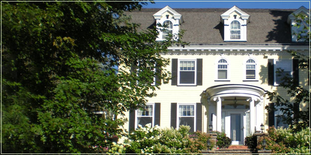 A.G. Thomson House: Historic Bed and Breakfast